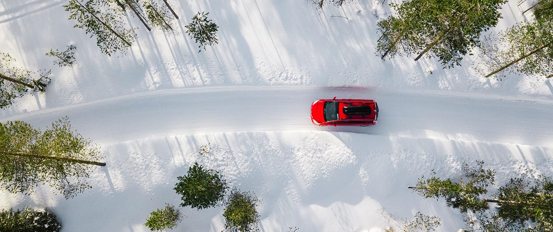 Pilnas bakas degalų - saugi kelionė žiemą