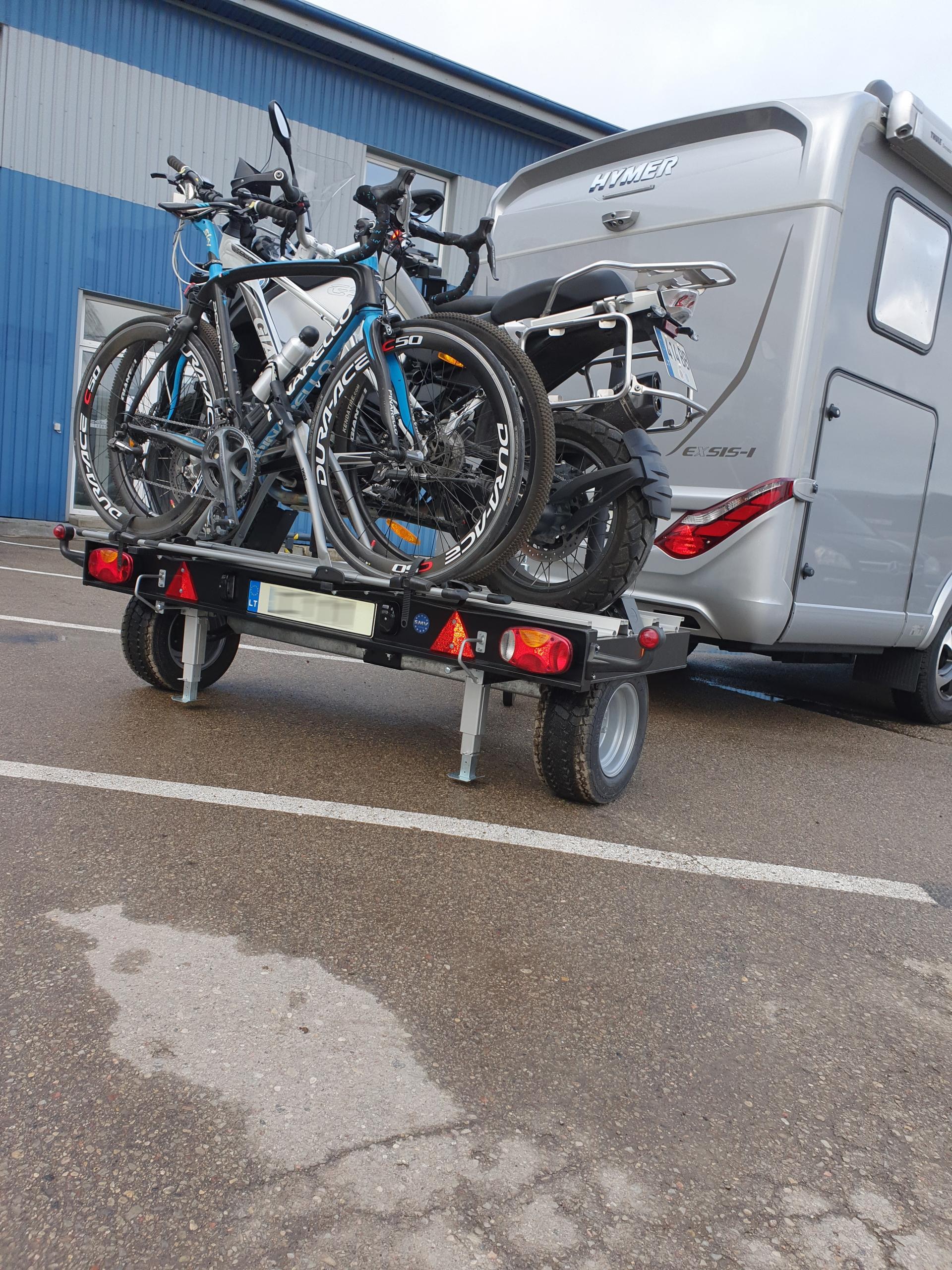 Universalios motociklų ir dviračių priekabos